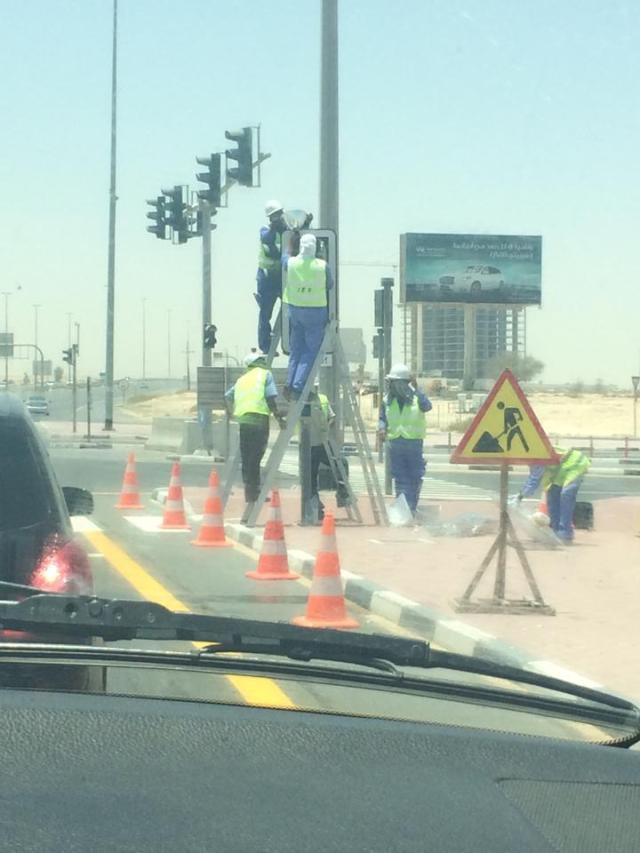 So how many men does it take to change a lightbulb in Dubai?