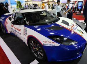 """Sports cars to speed up paramedics' response times to emergencies"""